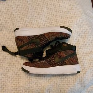Nike Air Force 1 Flynit 2.0